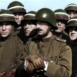 НВ Цар Борис III сред войници