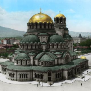 Катедралата Свети Александър Невски