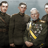 Генерал Вазов със синовете си